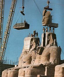 Tempo de Abu Simbel cuando era trasladado